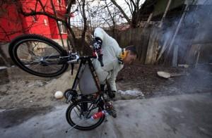 A Jet Engine Bicycle (15 photos) 8