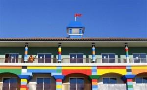 Lego Hotel (15 photos) 8