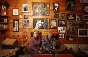 Living With Wolves (30 photos) 8