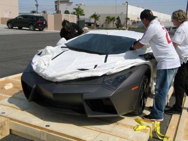 85 Η Unboxing της Lamborghini Reventon (17 φωτογραφίες)
