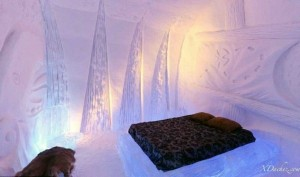Ice Hotel in Canada (24 photos) 1