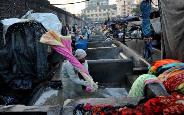 1015 Δημόσια Σύστημα Πλυντήριο ρούχων στην Ινδία (16 φωτογραφίες)
