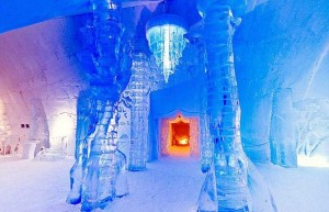Ice Hotel in Canada (24 photos) 2