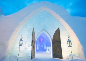 Ice Hotel in Canada (24 photos) 12