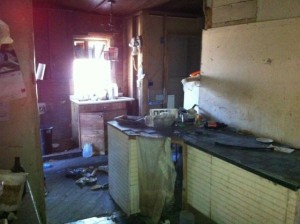 Extremly Filthy House (35 photos) 11