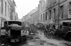 After the Fall of the Third Reich (19 photos) 1