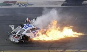 Accident in NASCAR Daytona 500 (17 photos) 1
