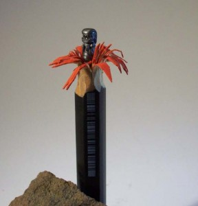 Intricate Sculptures Carved from a Single Pencil (24 photos) 1