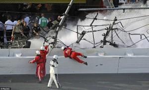 Accident in NASCAR Daytona 500 (17 photos) 13