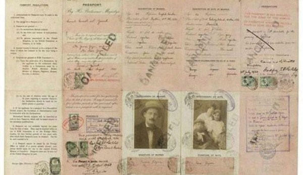 1614 Passports of Fаmоus Реоple (17 photos)