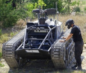 World's Fastest Tracked Vehicle (20 photos) 16