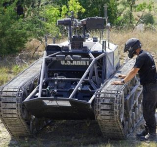 World's Fastest Tracked Vehicle (20 photos)