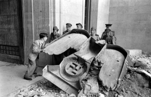 After the Fall of the Third Reich (19 photos) 16