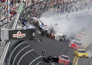 Accident in NASCAR Daytona 500 (17 photos) 16