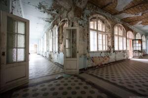The Hospital of Horror (52 photos) 17