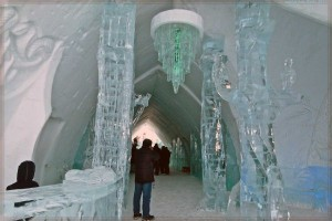 Ice Hotel in Canada (24 photos) 18