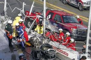Accident in NASCAR Daytona 500 (17 photos) 17