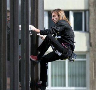 Alain Robert – The French Spiderman (20 photos)