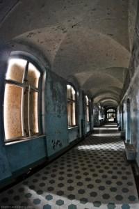 The Hospital of Horror (52 photos) 29