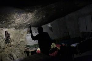 Man Who Lives Under A Rock (11 photos) 4
