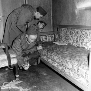 After the Fall of the Third Reich (19 photos) 4