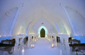Ice Hotel in Canada (24 photos) 7