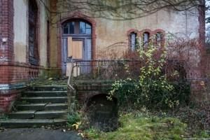 The Hospital of Horror (52 photos) 7