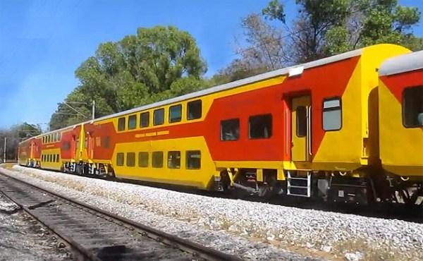 The Superfast Double-decker Train (13 photos) 8