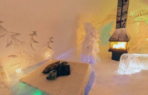 Ice Hotel in Canada (24 photos) 10