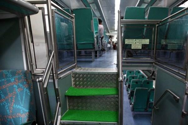 961 Η Superfast διώροφο τρένο (13 φωτογραφίες)