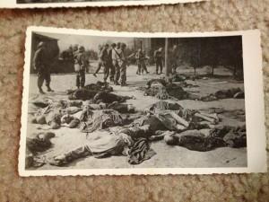 Holocaust Photos (37 photos) 37