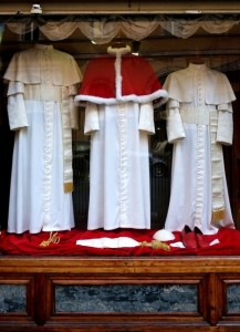 The Pope's Tailor (13 photos) 10