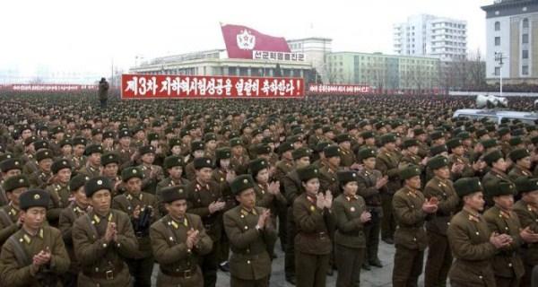 1019 Η Βόρεια Κορέα Στρατιωτικό (34 φωτογραφίες)