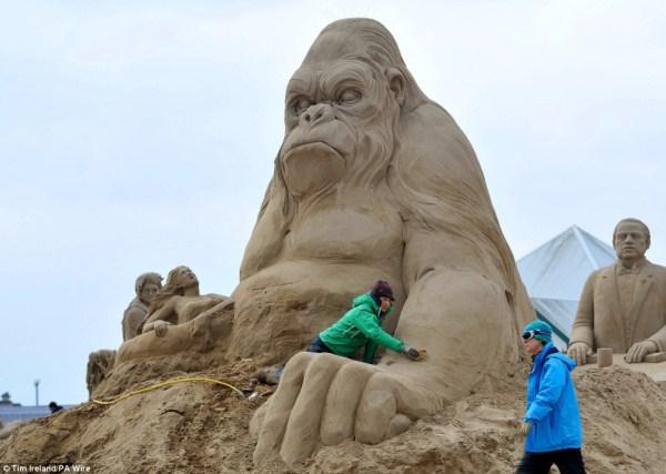 1151 Amazing Hollywood Γλυπτά Sand Themed (14 φωτογραφίες)