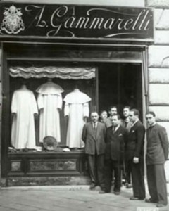 The Pope's Tailor (13 photos) 13