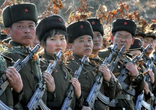 190 Η Βόρεια Κορέα Στρατιωτικό (34 φωτογραφίες)