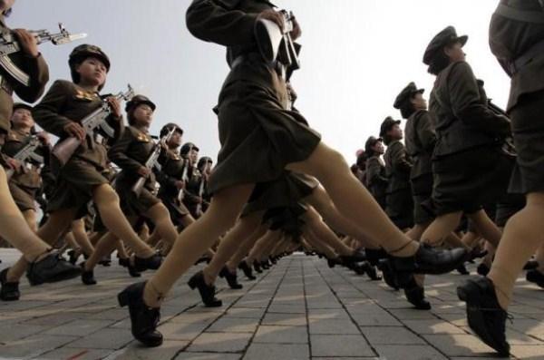 2116 Η Βόρεια Κορέα Στρατιωτικό (34 φωτογραφίες)