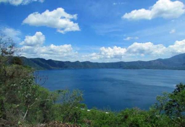 214 Amazing ηφαιστειακές λίμνες (10 φωτογραφίες)