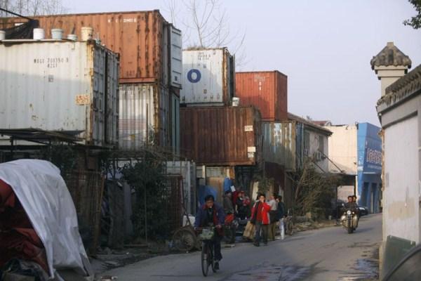 224 Ζώντας μέσα σε ένα εμπορευματοκιβώτιο (8 φωτογραφίες)