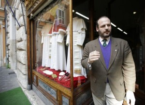 The Pope's Tailor (13 photos) 4