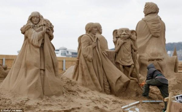 841 Amazing Hollywood Γλυπτά Sand Themed (14 φωτογραφίες)