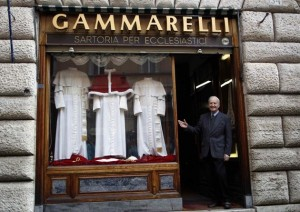 The Pope's Tailor (13 photos) 9