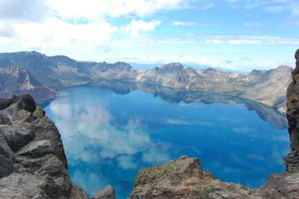 94 Amazing ηφαιστειακές λίμνες (10 φωτογραφίες)
