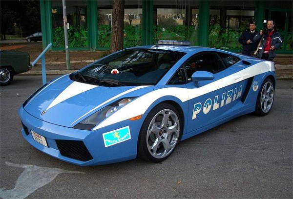 Most Exotic Police Cars in the World (20 photos) 1