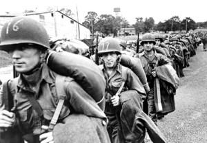 Black and White WWII Photos (32 photos) 11