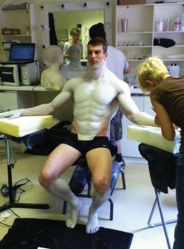 """The Making of an Engineer from """"Prometheus"""" (23 photos) 1"""