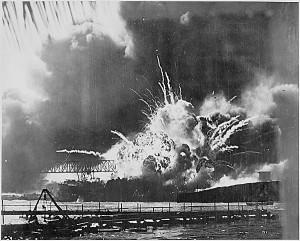 Black and White WWII Photos (32 photos) 1