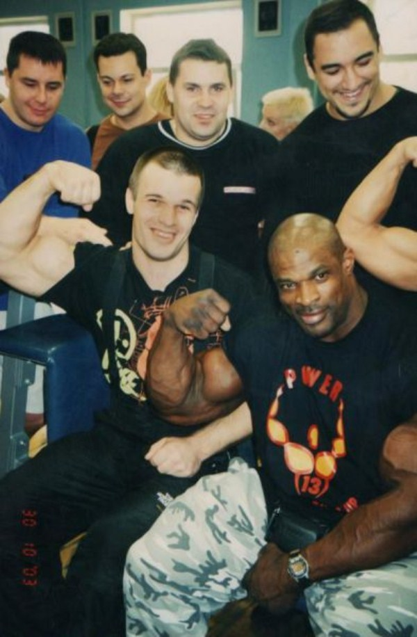 1522 The Biggest Bicep of Russia (48 photos)
