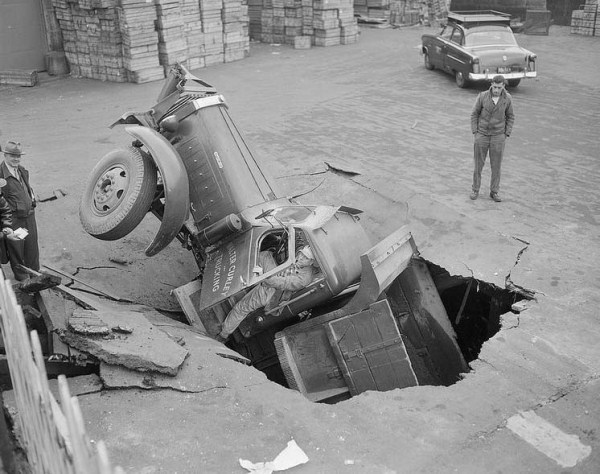 Car Accidents from the Past (44 photos) 15