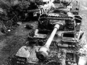 Black and White WWII Photos (32 photos) 17